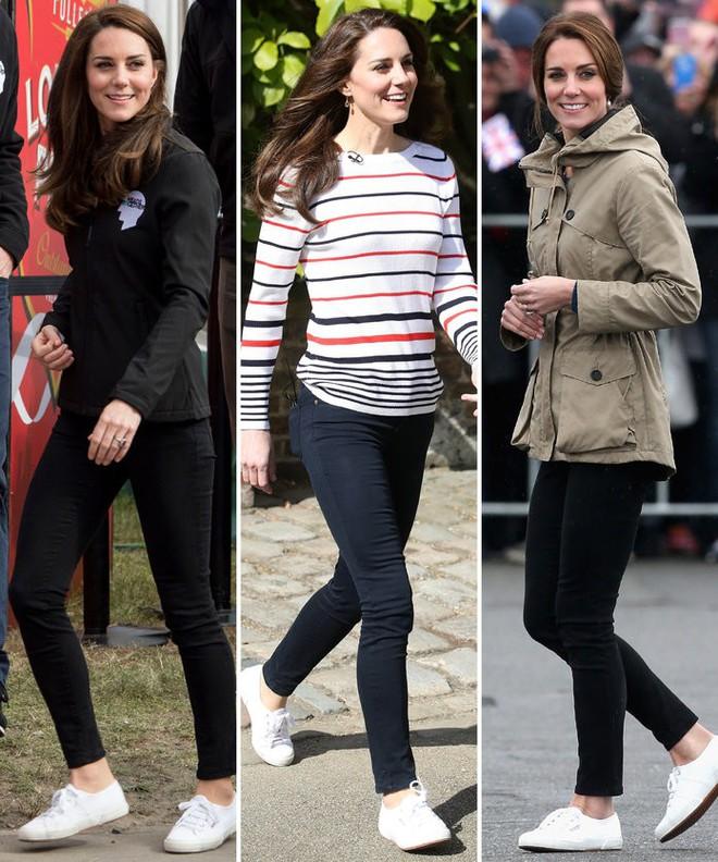 Diện đi diện lại mãi không chán, đây đích thị là những đôi sneaker được Công nương Kate yêu thích nhất - Ảnh 19.