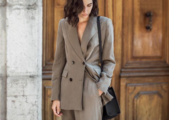 Đây chính thức là 5 mẫu blazer mà nàng công sở cần thử nghiệm ngay trong năm 2018 - Ảnh 16.
