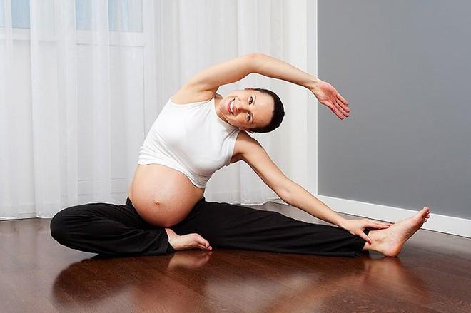8 mẹo giảm căng thẳng trong thời kỳ mang thai - Ảnh 1.