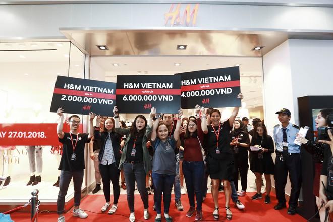 H&M Việt Nam tiếp tục khai trương thêm một cửa hàng thứ 3 tại Sài Gòn - Ảnh 6.