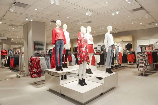 H&M Việt Nam tiếp tục khai trương thêm một cửa hàng thứ 3 tại Sài Gòn - Ảnh 7.