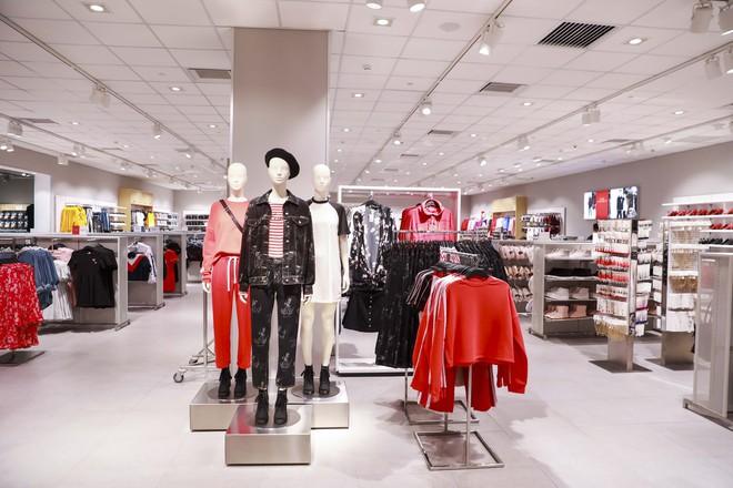 H&M Việt Nam tiếp tục khai trương thêm một cửa hàng thứ 3 tại Sài Gòn - Ảnh 8.