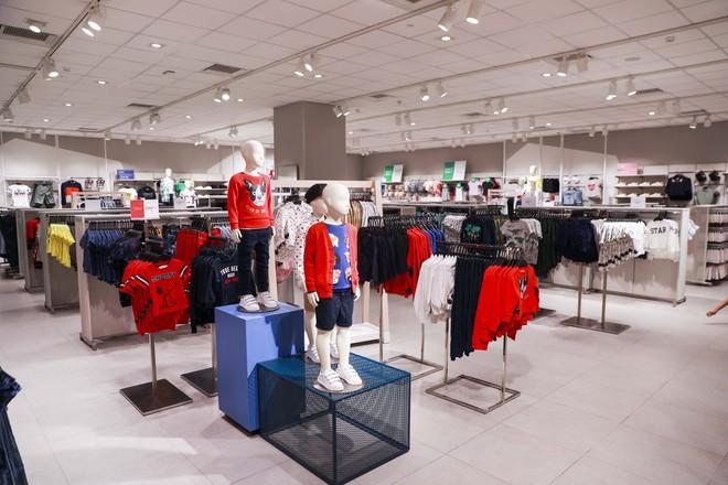 H&M Việt Nam tiếp tục khai trương thêm một cửa hàng thứ 3 tại Sài Gòn - Ảnh 9.