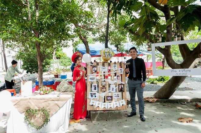 Cặp đôi Sài Gòn khoe kỷ niệm từ hồi trẻ trâu đến ngày cưới và bộ ảnh vừa bay vừa hôn độc nhất vô nhị - Ảnh 16.