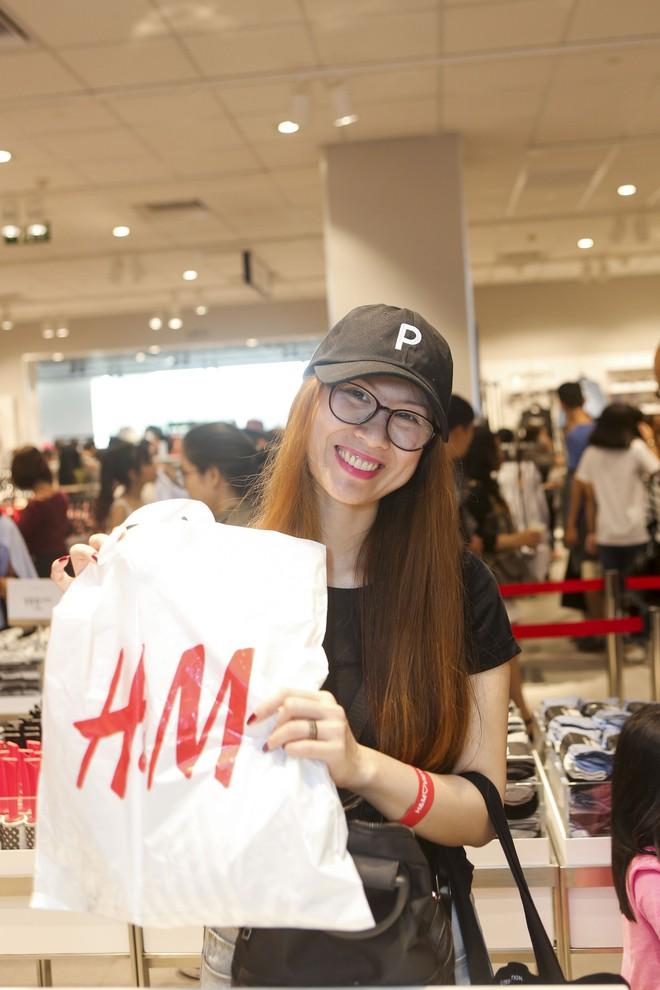 H&M Việt Nam tiếp tục khai trương thêm một cửa hàng thứ 3 tại Sài Gòn - Ảnh 11.