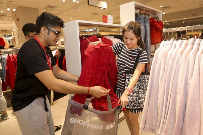 H&M Việt Nam tiếp tục khai trương thêm một cửa hàng thứ 3 tại Sài Gòn - Ảnh 12.