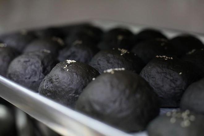 Check list loạt món ăn đen sì toàn than, nhìn tưởng không ngon mà ăn ngon không tưởng - ảnh 9