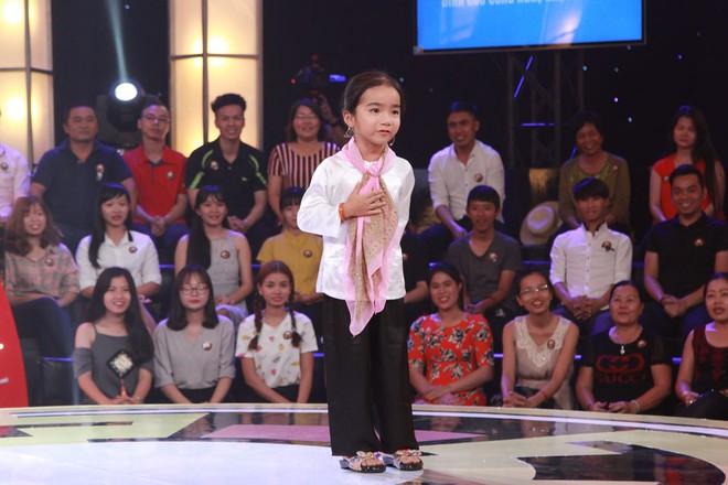 """""""Chết cười"""" với cô bé 6 tuổi xin làm """"bà ngoại"""" của Trấn Thành, Trường Giang - Ảnh 3."""