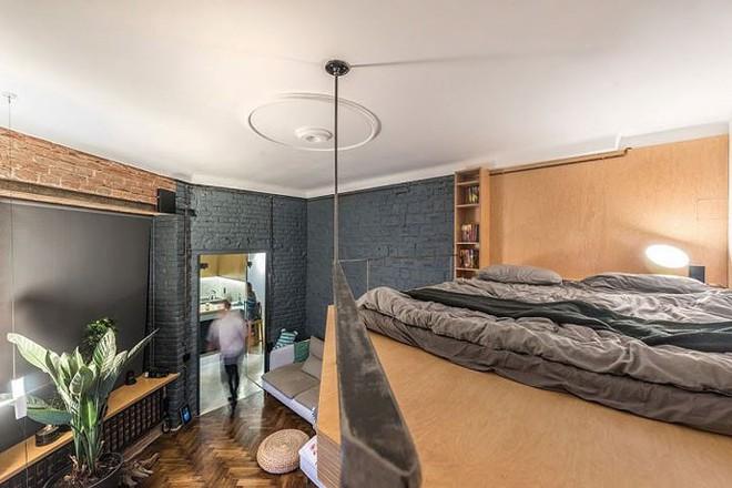 Căn hộ chung cư 35 m2 có gác lửng khiến nhiều người thích mê - Ảnh 5.