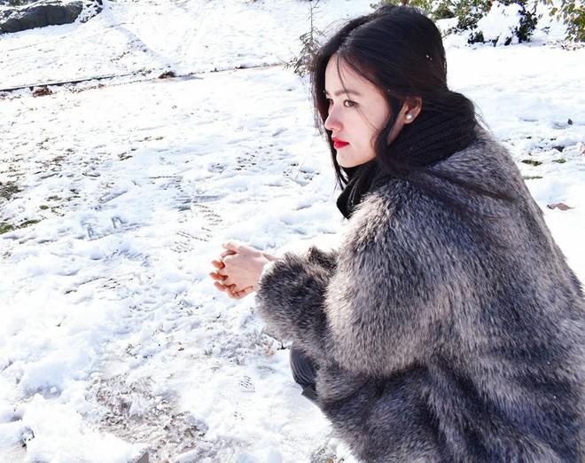 Người đẹp Việt chọn quần áo thế nào để chống chọi lại cái rét đại hàn cắt da cắt thịt - Ảnh 19.