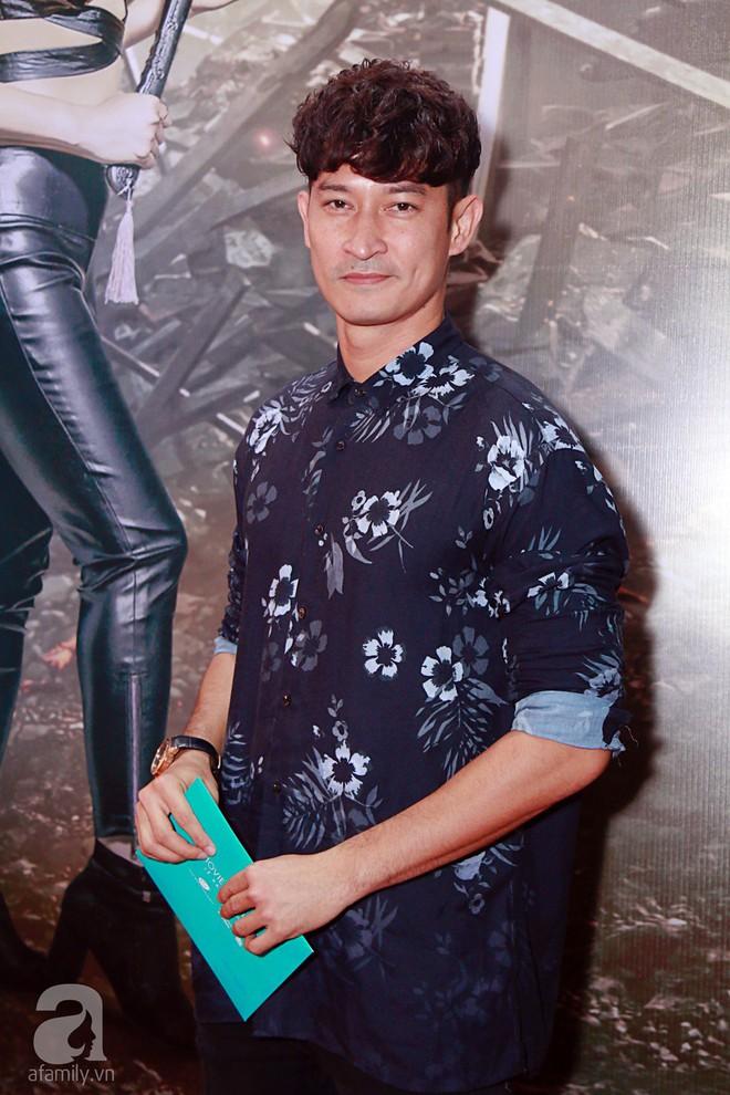 Đôi công chúa nhà Dustin Nguyễn đáng yêu hết mực bên bố mẹ trong họp báo - Ảnh 13.
