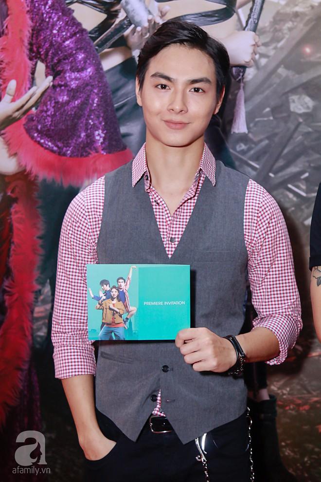 Đôi công chúa nhà Dustin Nguyễn đáng yêu hết mực bên bố mẹ trong họp báo - Ảnh 15.