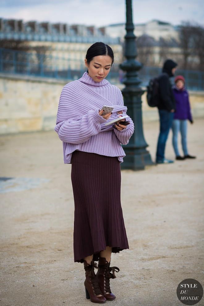 Ngày đầu tiên của năm, các quý cô châu Á thả dáng với những set đồ đẹp miễn chê - Ảnh 2.