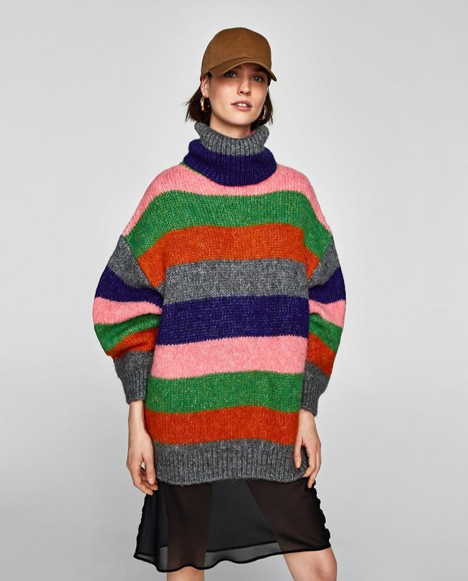 Khắp các thương hiệu thời trang, từ bình dân đến cao cấp đều đăng lăng xê kiểu áo len màu sắc này  - Ảnh 2.