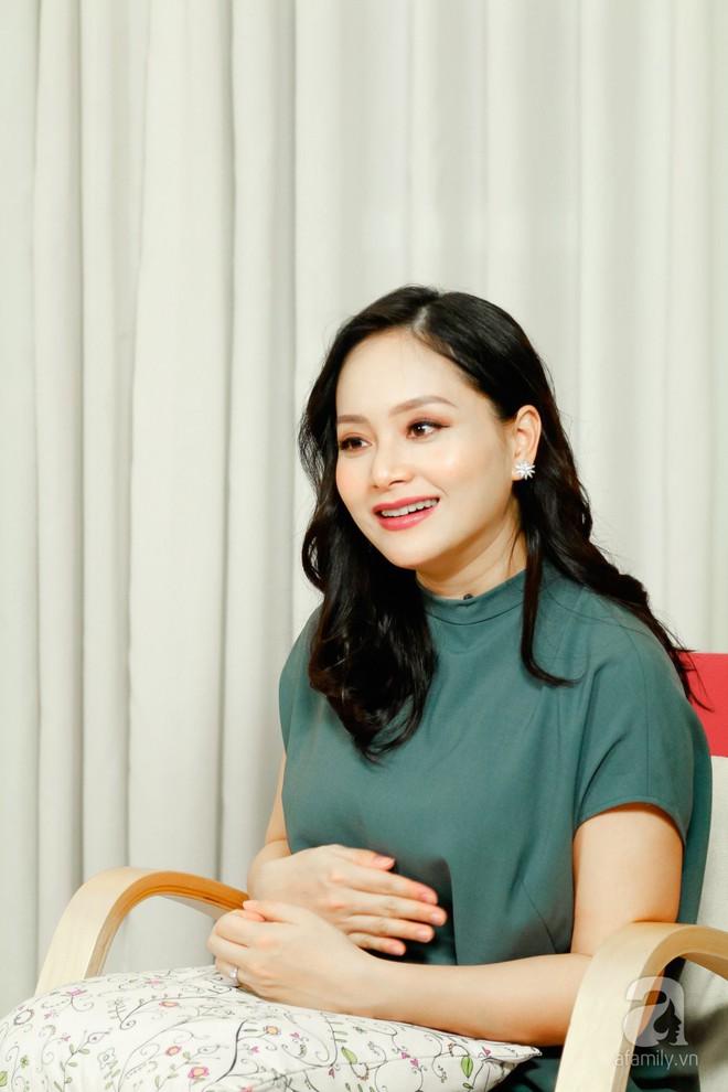 Lan Phương: Có bầu 5 tháng, bố mẹ tôi vẫn hỏi đến khi nào mới làm đám cưới  - Ảnh 3.