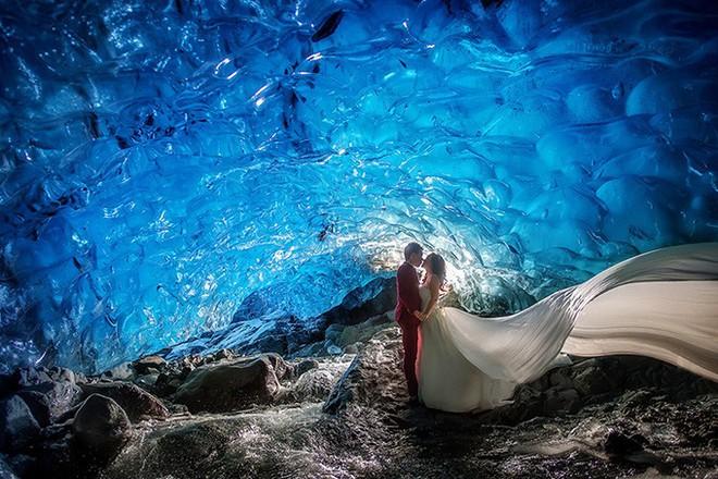 Những cô dâu vai trần thách thức thời tiết giá lạnh để có bộ ảnh cưới nghìn like - Ảnh 22.
