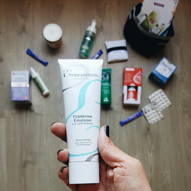 Bí quyết cho lớp makeup căng mịn, bóng mượt của Phạm Băng Băng nằm ở loại kem dưỡng đa năng vô cùng phổ biến - Ảnh 3.
