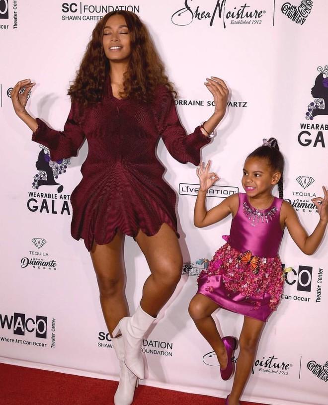 Mới 6 tuổi, con gái Beyoncé đã sở hữu kho đồ hiệu đắt giá khiến nhiều người ghen tị - Ảnh 5.