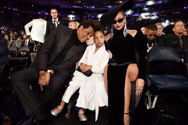 Mới 6 tuổi, con gái Beyoncé đã sở hữu kho đồ hiệu đắt giá khiến nhiều người ghen tị - Ảnh 1.