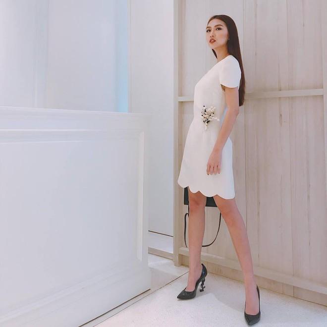 4 người đẹp tuổi Tuất ăn mặc có gu nhất showbiz Việt - Ảnh 12.