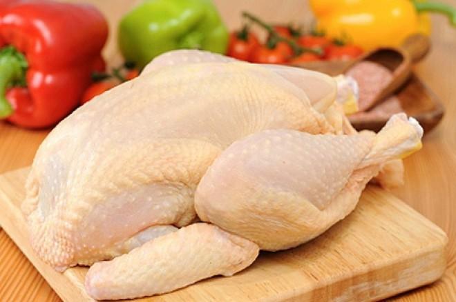 Dù là gà sống hay gà đã làm thịt, chọn thế này là trăm con ngon như một - Ảnh 2.