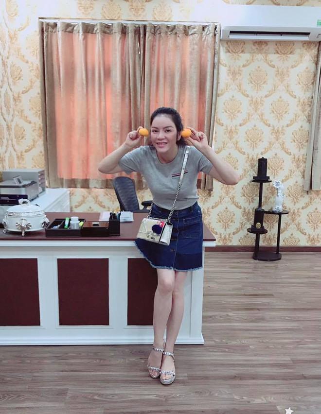 4 người đẹp tuổi Tuất ăn mặc có gu nhất showbiz Việt - Ảnh 24.