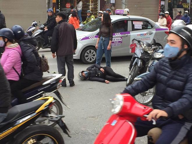 Hà Nội: Xe điên gây tai nạn liên hoàn, nhiều người đang về ăn Tết phải nhập viện - Ảnh 2.