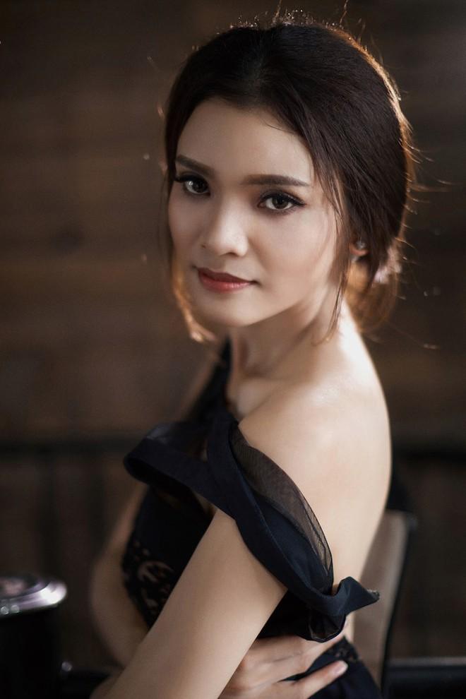 Phạm Phương Thảo: Tôi là người đàn bà biết tận hưởng ngay cả khi bất hạnh - Ảnh 5.