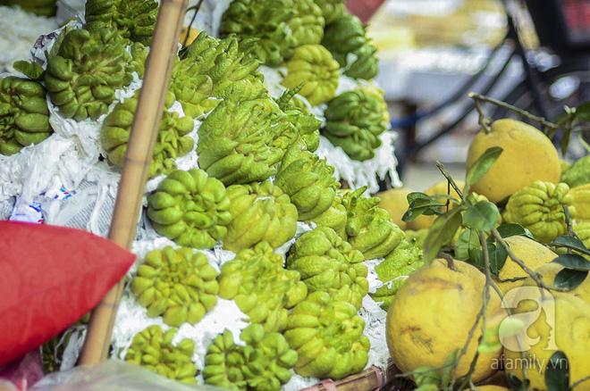 Những ngày cuối năm, đi chợ Tết để mua về niềm vui, gợi về kí ức thời ông bà anh - Ảnh 7.