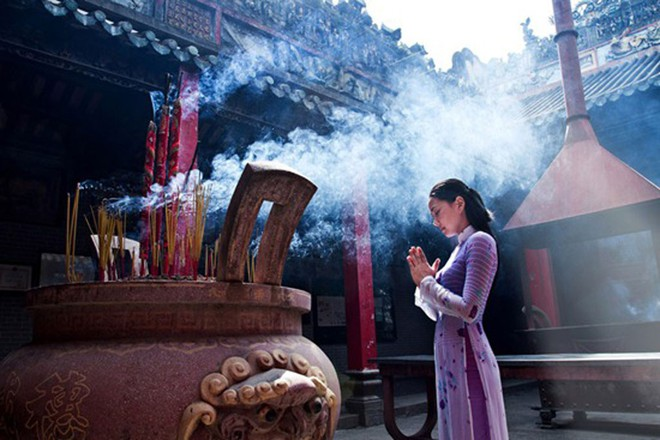 3 nguyên tắc chính đi chùa ngày đầu năm cần lưu ý để có một năm mới vui vẻ, may mắn - Ảnh 2.