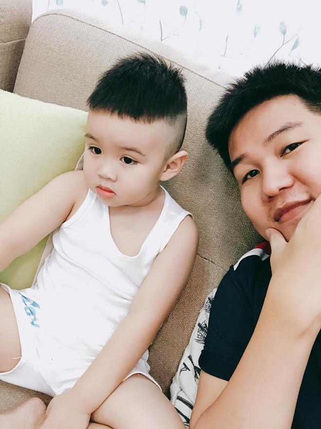 Tranh thủ dịp cận Tết, 3 cậu nhóc con sao Việt này cũng được bố mẹ đưa đi làm tóc mới - Ảnh 5.