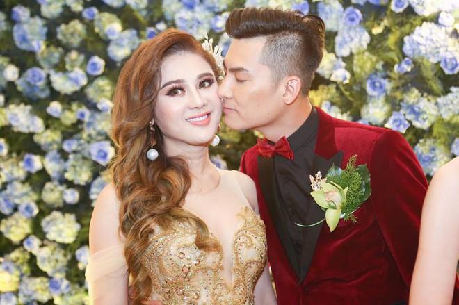 Hé lộ Valentine đặc biệt của Lâm Khánh Chi và ông xã kém tuổi - ảnh 1
