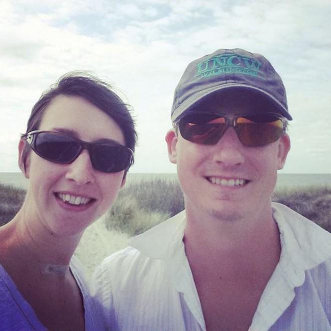 Vợ bị cách ly điều trị ung thư và đây là cách người chồng đối xử với vợ trong những ngày này - ảnh 2