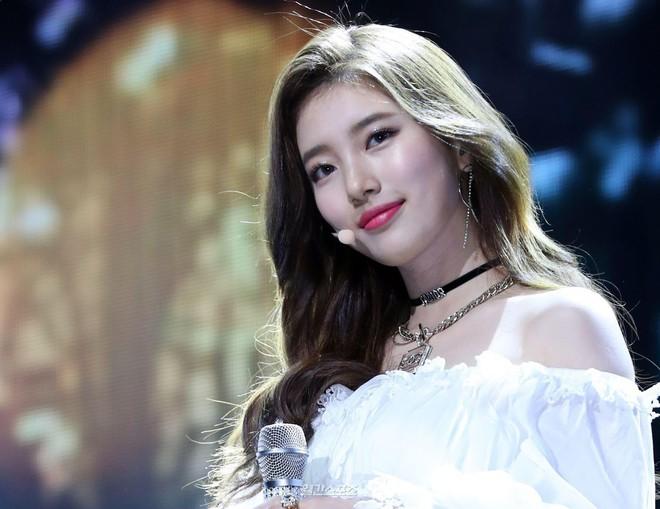 Soi hình mẫu lý tưởng của sao Hàn: Người không dám yêu bạn diễn vì quá đẹp trai, kẻ ngậm ngùi chúc phúc người trong mộng lên xe hoa - Ảnh 4.