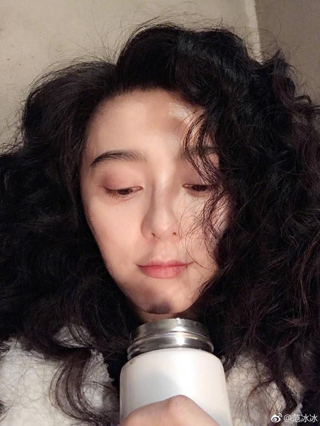 Phạm Băng Băng khí chất thì khỏi bàn, nhưng với kiểu tóc mái thưa này thì trông cô có vẻ sai sai - Ảnh 9.