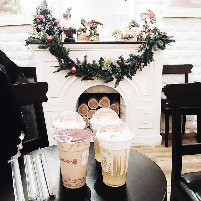 18 hệ thống cafe, trà sữa bán xuyên Tết ở Hà Nội, Sài Gòn để bạn thỏa sức tụ tập đầu năm - Ảnh 1.