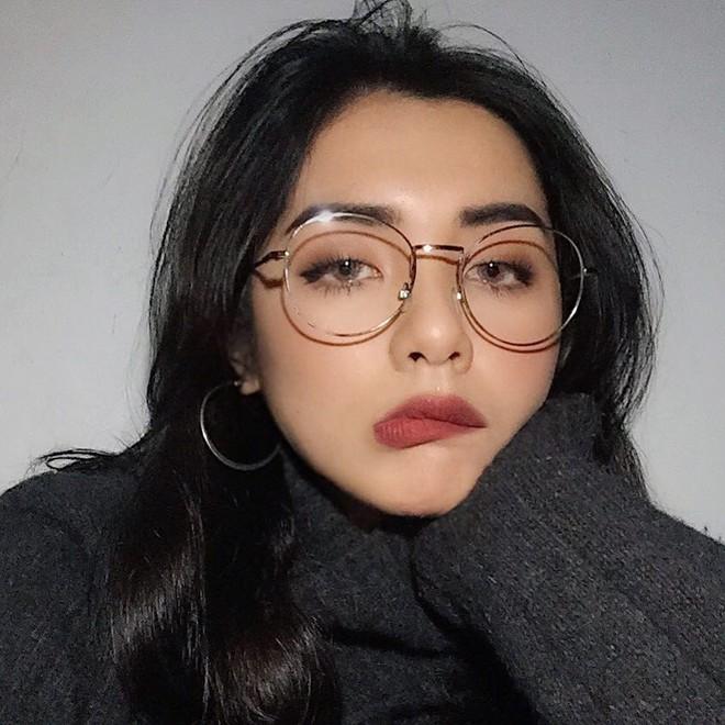 10 gợi ý makeup đón Giao thừa cực xinh từ loạt hot girl Việt mà bạn nên tham khảo ngay - Ảnh 1.
