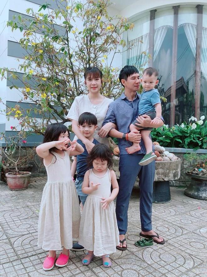 Chẳng riêng gì sao Việt, các nhóc tỳ nhà sao cũng xúng xính áo dài đón Xuân mới - Ảnh 15.