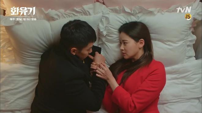 """Há hốc mồm trước cảnh """"Ngộ Không"""" Lee Seung Gi xô ngã, bạo lực bóp cổ Oh Yeon Seo - Ảnh 11."""