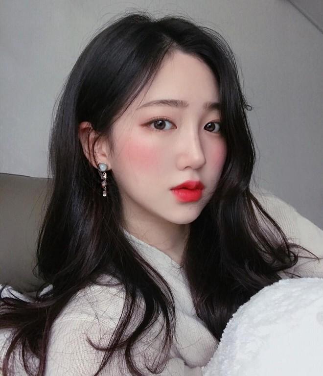 Quanh đi quẩn lại con gái Hàn Quốc vẫn chỉ mê mẩn 5 kiểu trang điểm đặc trưng này - Ảnh 5.