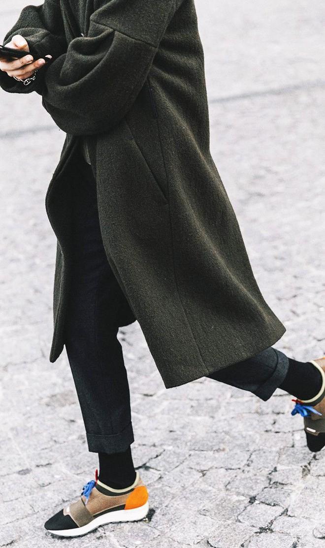 Xu hướng giày thể thao năm 2018 đang khởi động với 5 thiết kế này - Ảnh 14.