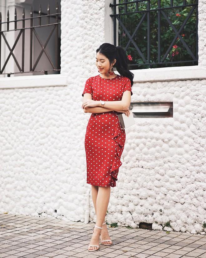 Lên đồ đẹp mĩ mãn cho ngày đi làm đầu xuân với 5 sắc trang phục nổi bật và cực trendy - Ảnh 4.