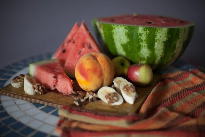 Điểm mặt những thói quen ăn uống khiến dạ dày kêu cứu - Ảnh 4.