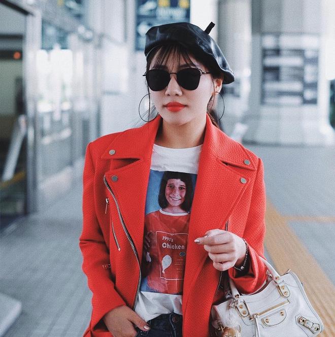 Lên đồ biểu diễn có vẻ hơi già, nhưng street style ngày thường của cô nàng tuổi Tuất - Văn Mai Hương lại trẻ trung hết sảy - Ảnh 12.