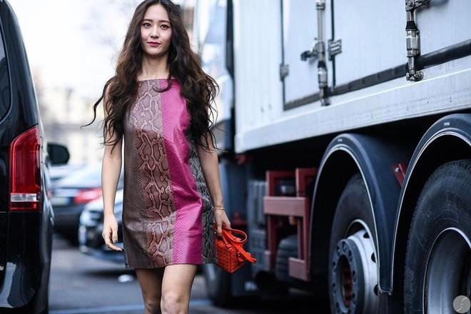 Showbiz Hàn cũng có 4 quý cô tuổi Tuất thần thái sang chảnh và mặc đẹp miễn chê - Ảnh 2.