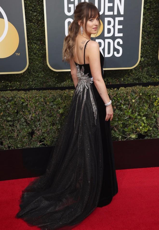"""Dakota Johnson: Từ cô bé kém sắc đến mỹ nhân gợi cảm của """"50 sắc thái"""" - Ảnh 16."""