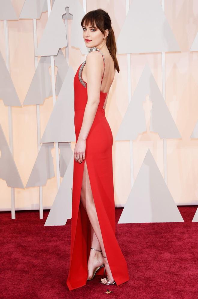 """Dakota Johnson: Từ cô bé kém sắc đến mỹ nhân gợi cảm của """"50 sắc thái"""" - Ảnh 13."""