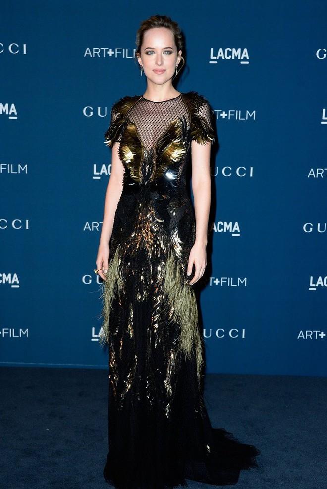"""Dakota Johnson: Từ cô bé kém sắc đến mỹ nhân gợi cảm của """"50 sắc thái"""" - Ảnh 10."""