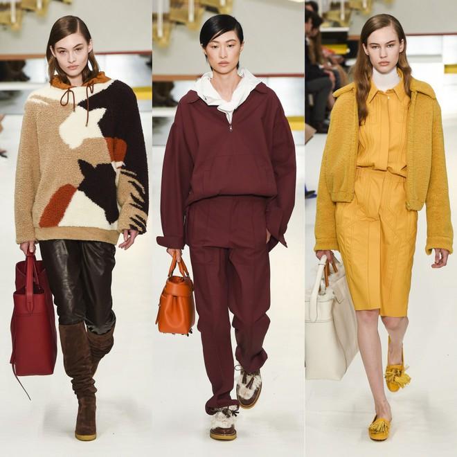 Tuần lễ thời trang Milan: Người mẫu vừa catwalk vừa bế trên tay 1 chú tiểu Tuất cực đáng yêu - Ảnh 8.
