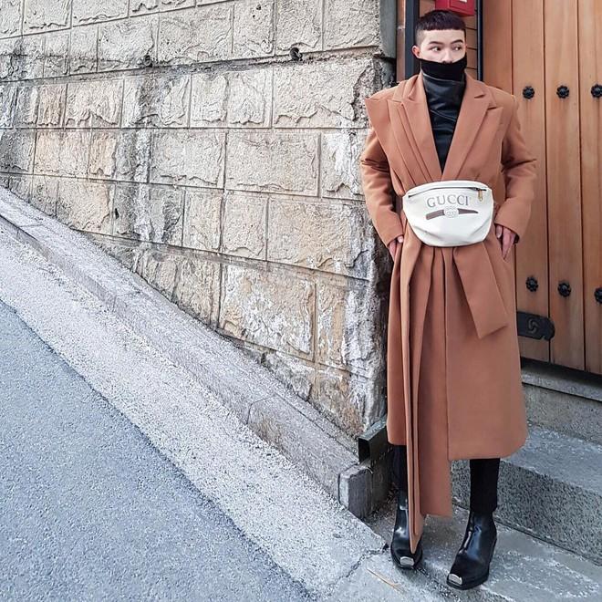 Sao và fashionista Việt bây giờ ai cũng phải đeo túi 2 kiểu này mới chịu! - Ảnh 2.